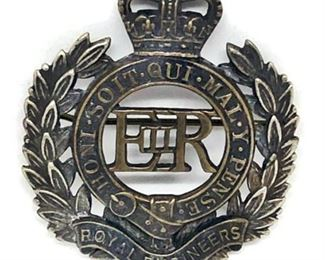 Lot 809 WW1 UK British Royal Engineers Corps Cap Badge Pin