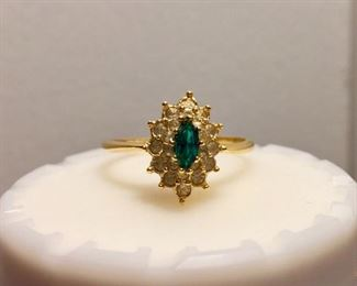 14k emerald and diamonds gold ring