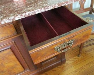 Lined drawer of Sideboard.