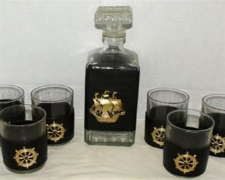 Lot 008 Nautical decanter set