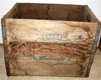 Lot 074 Wood Beverage Crate
