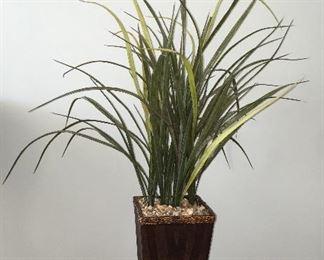 Artificial tabletop plant
