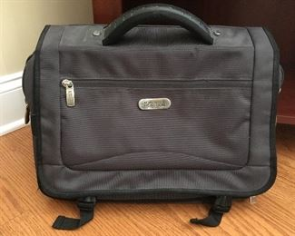 Kenneth Cole briefcase/luggage