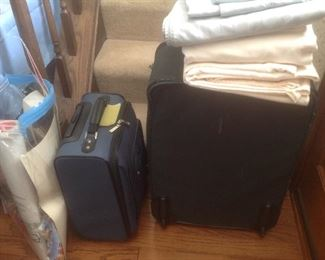 Sheets and luggage