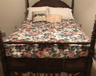 Full size bed and bedding (not including mattresses)