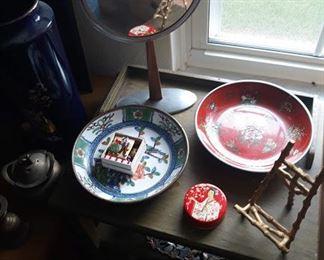 Porcelain / Brass Oriental Bowls