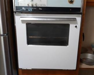 Frigidaire Built - in Oven - Works!