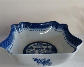 Mottahedeh Blue Canton Square Bowl