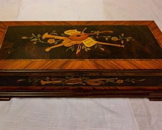 Gorgeous wooden jewelry box. Silent Auction.