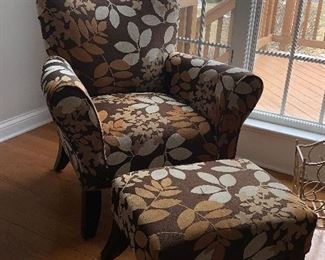 Floral upholster chair w/matching ottoman