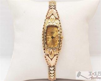 506: 14k Gold Geneve De Oro Wrist Watch, 16.4g Weighs approx 16.4g Measures approx 17mm