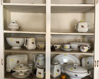 Tea Leaf ironstone trays, sauce and ladle, large turreens, butter dish, and more