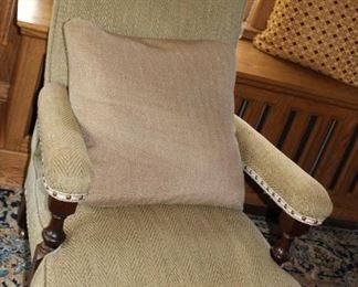 second plantation style chair
