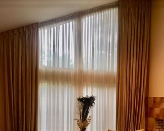 Treatments for large Windows