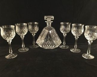Cut Crystal Decanter with Stopper and Glasses (8Pcs) https://ctbids.com/#!/description/share/255297