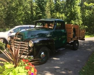 1948 Pick up Truck - Mint condition