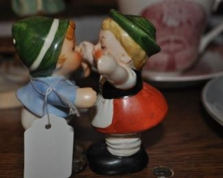 Kissing Hummel salt and pepper