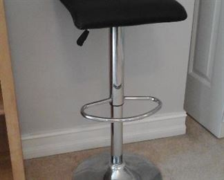 hair stylist adjustable stool