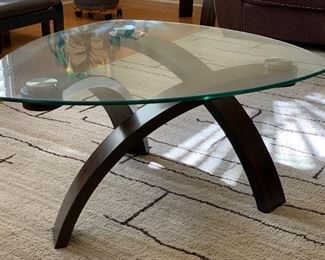 Contemporary Bentwood/Glass Triangular Coffee Table	17x34x34	HxWxD
