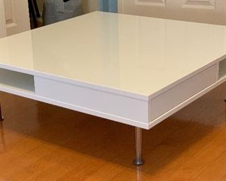 Contemporary WHite Coffee Table	12x37.5x37.5in	HxWxD