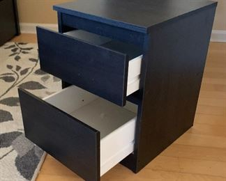 2-Drawer Contemporary Nightstand	19.5x14x15.5in	HxWxD