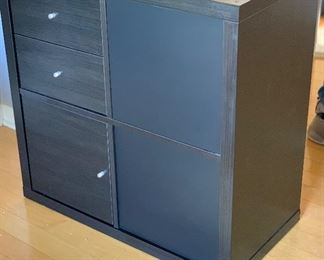 2-Sided Cabinet Contemporary	30.5x30.5x15.5	HxWxD
