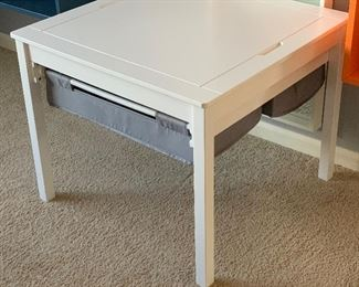 Kids Lego Table	21x25.5x25.5in	HxWxD