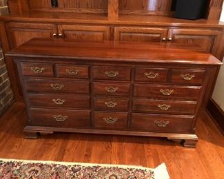 Thomasville furniture dresser