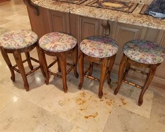 Kitchen counter height barstools