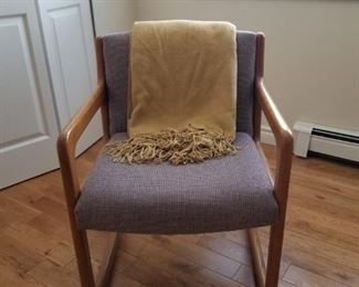 Mid century modern accent chair
