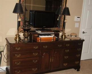 Ethan Allen Dresser   (Not included in Half Price Saturday but will negotiate)