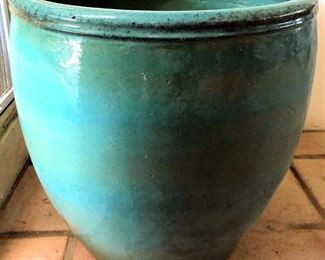 PFL011 Large Decorative Ceramic Pot