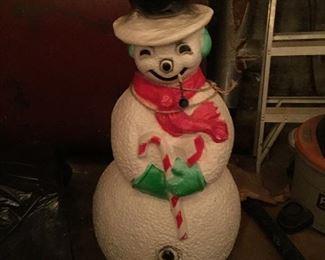 blowmold snowman