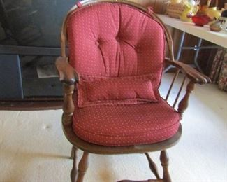 Wonderful oak chair with padding. Antique original