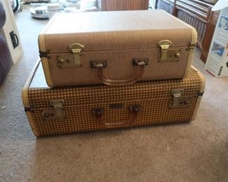 So Cute!!  1950's Koch's Aviation Luggage.
