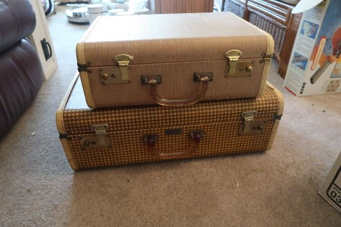So Cute!!  1950's Koch's Aviation Luggage.