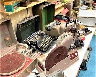 Vintage Typewriters, Phonographs & Projectors