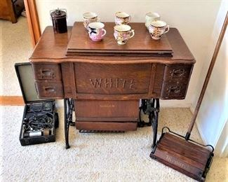 Antique White Sewing Machine w/Cabinet