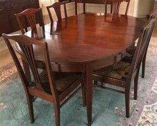 Antique 1890s Mahogany Dining Room Table and Chairs