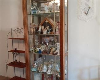 Large display cabinet and small display shelf