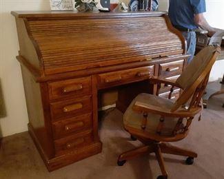 Roll-top desk, Oak desk chair