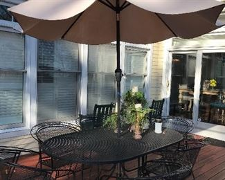 OUTDOOR PATIO TABLE AND CHAIRS WITH UMBRELLA AND STAND