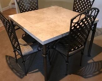 COMPOSITE TABLE AND 4 CHAIRS
