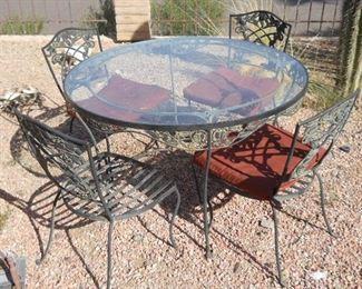 1960 cast iron table vintage excellent contdition