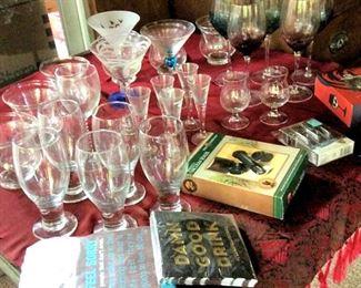 APT030 Huge Glassware Assortment