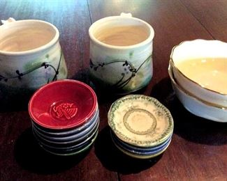 APT091 Collectible Signed Ceramic Dishes & Mugs