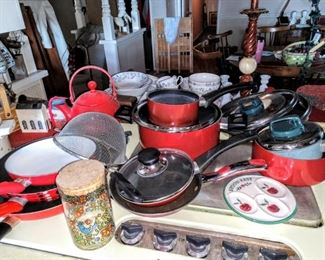 Red pots and pans