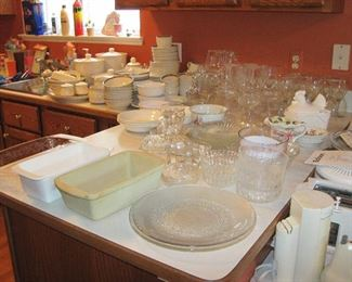 Glassware, Cooking, Serving items