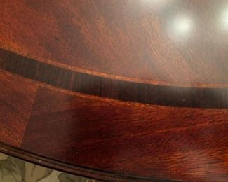 Thomasville Fredericksburg Dinner Room Table close up with Rosewood inlay