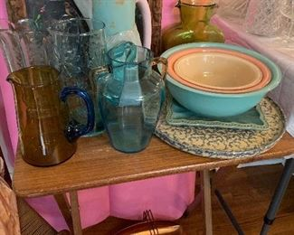 Pyrex nesting bowls and more